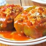 Ardei umpluţi cu carne de vită – rețetă delicioasă cu conținut caloric mic