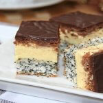 Prăjitură cu mac şi cremă de vanilie