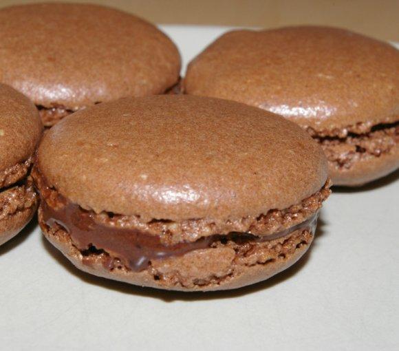 reteta-de-macarons-cu-ciocolata