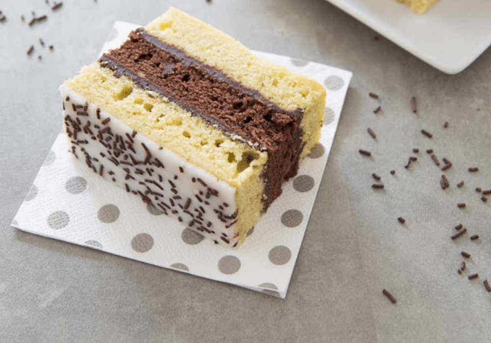 Prăjitură de casă in doua culori